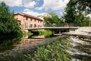 Brücke an der Waldorfschule Weimar
